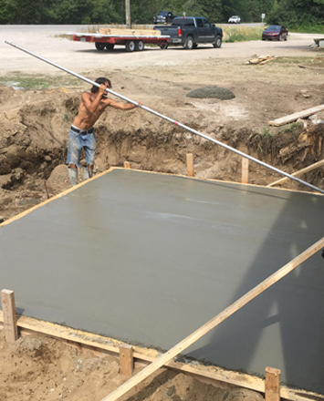 foundation_pouring_for_a_new_kodiak_steel_building